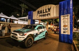 Na estreia do novo carro, Fontoura fez uma prova de superação (Sanderson Pereira/PhotoEsporte)
