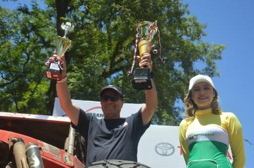 (Foto: JJ Facco foi Campeão dos Desafios Neembucú e ParaguaríLopez/Puromotorpy)