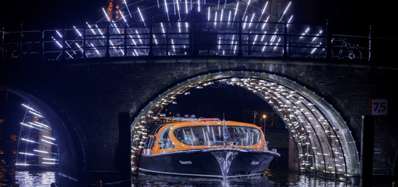 Water cruise Amsterdam Light Festival