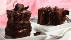 chocolate-cake-multiple-layer-decorative