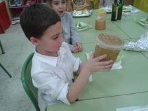 Removemos los ingredientes de la vinagreta