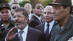 Egypt Leader Mursi Orders Army Chief To Resign