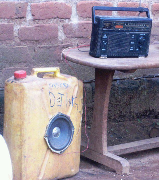 PICTURE OF THE DAY: Music System In The East