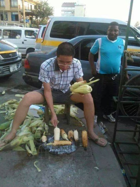 Chinese 'Investors' Selling Roasted Maize In the Streets While Zambians Are Sleeping Waiting For Govt To Employ Them