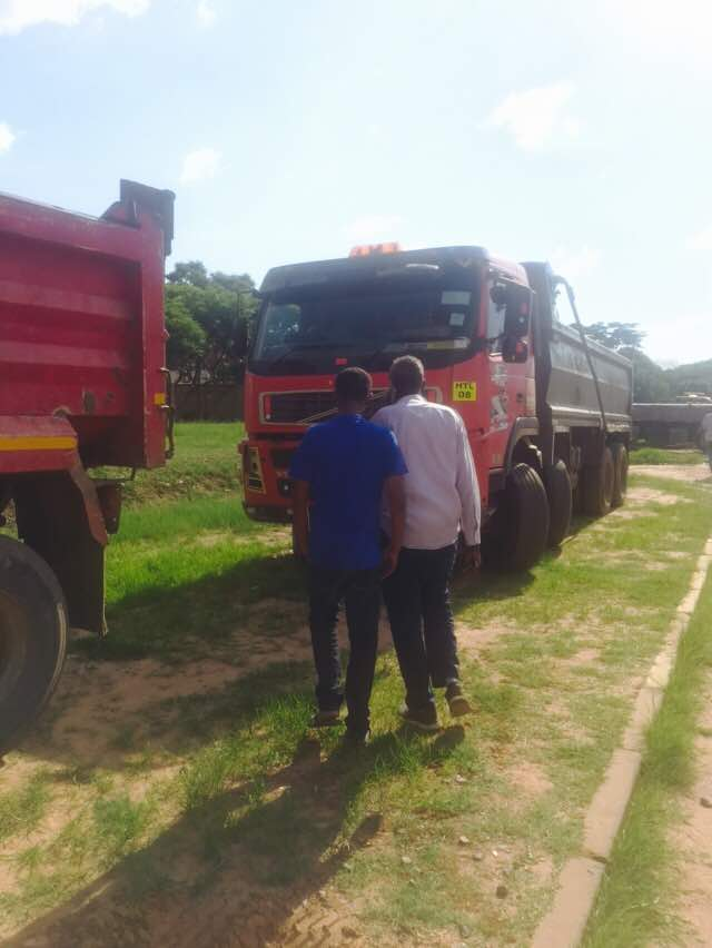 Somali Community Donates 35 Trucks To Govt In The Fight Against Cholera