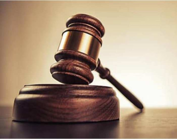 His girlfriend plaited my hair, wife cries to court