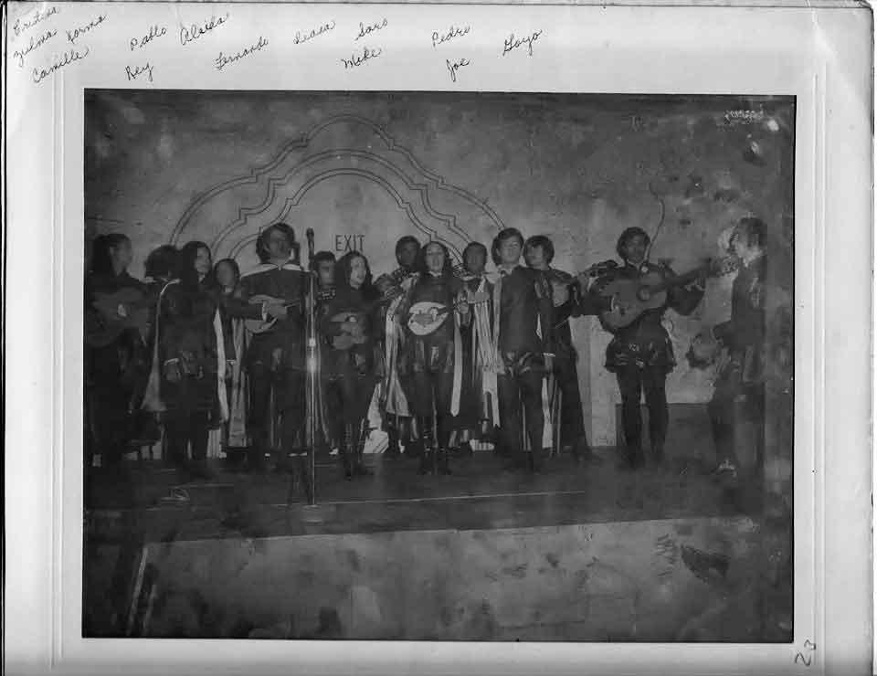 Tuna en el Centro Estudiantil circa 1969/1970
