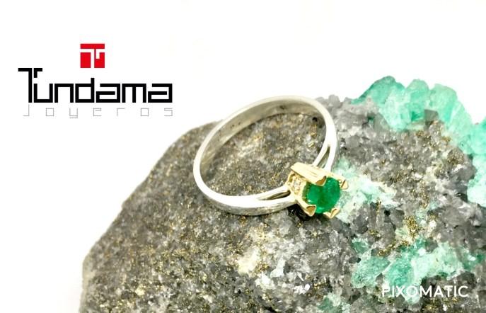 Oro combinado y esmeralda
