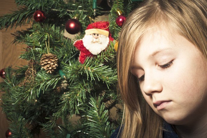 Holiday Tips for Families Experiencing Loss or an Absent Parent
