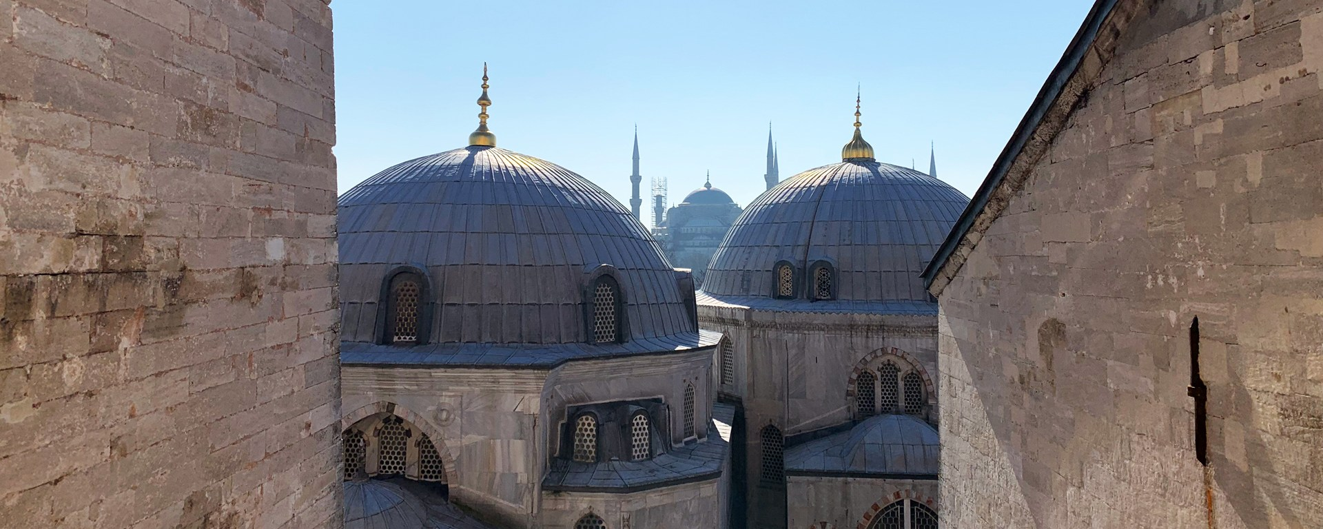 Title_Istanbul_techno_travel_tunes&wings_IMG_8309