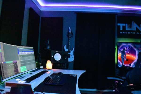 Side Shot of Tunes Recording Studio Table