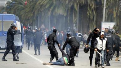 Photo of الجزائر: احتجاجات عنيفة وإيقافات بالجملة