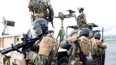 Photo of على الحدود/ إرهابي يشكو من مرض خطير يقرر تسليم نفسه وسلاحه