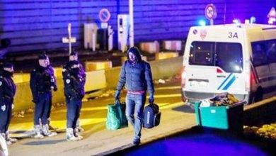 Photo of آلاف المهاجرين دون وثائق يخرجون إلى شوارع باريس