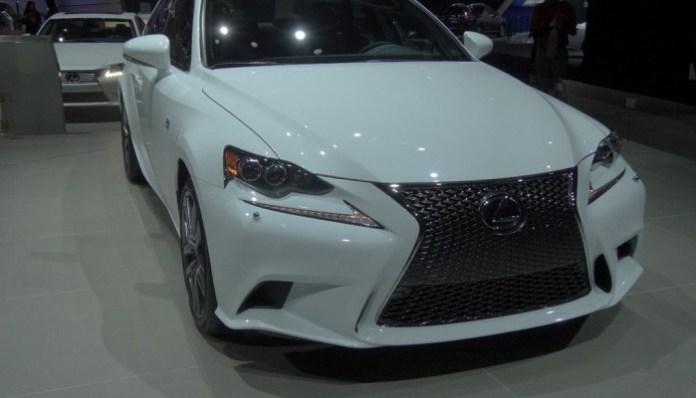 Lexus IS 250 F Sport 005 fee0ca967f7099aa441cf684f4aabc36