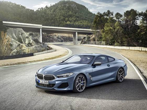 BMW 8 coupe 001