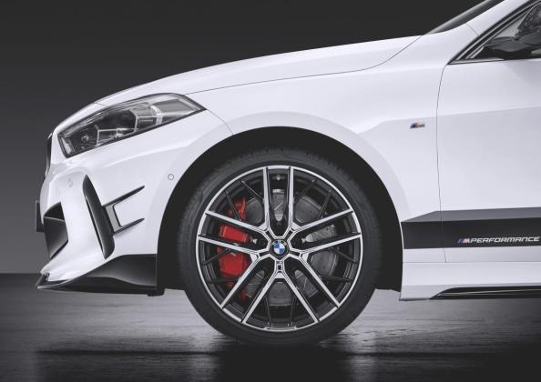 BMW 1 M Performance Parts 2019 005