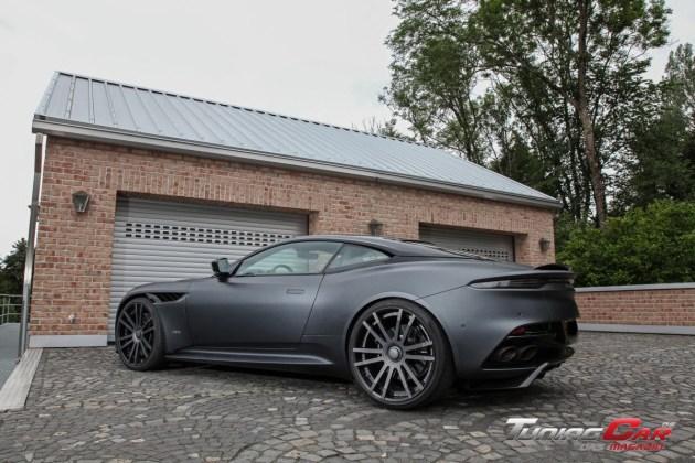 Wheelsandmore Aston Martin DBS Superleggera 6