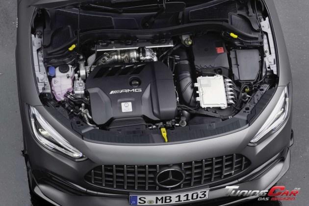 Mercedes AMG GLA 45 4MATIC 17