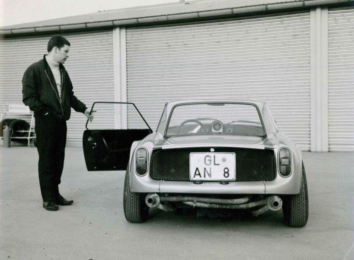 80 Jahre Ekkehard Zimmermann dp Motorsport 1962 erster Prototyp mit Polyester Karosserie Dingo