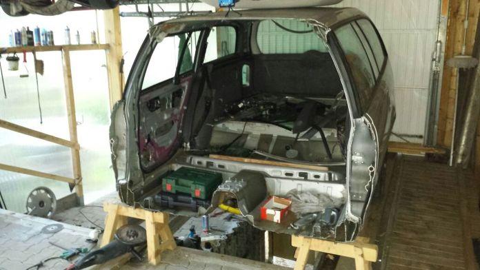 Omega Caravan Uwe 17