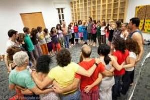 Sesión de Biodanza. Foto cortesía de Myrna Rondón