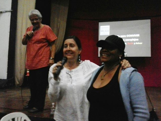 La Dra. Aura Sofía Díaz estuvo acompañada de la Profesora Nora Ovelar