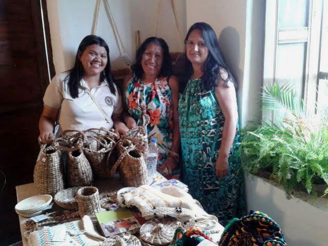 Araselis Calderon y Gisela Ipuana, foto Fundación Tierra Viva