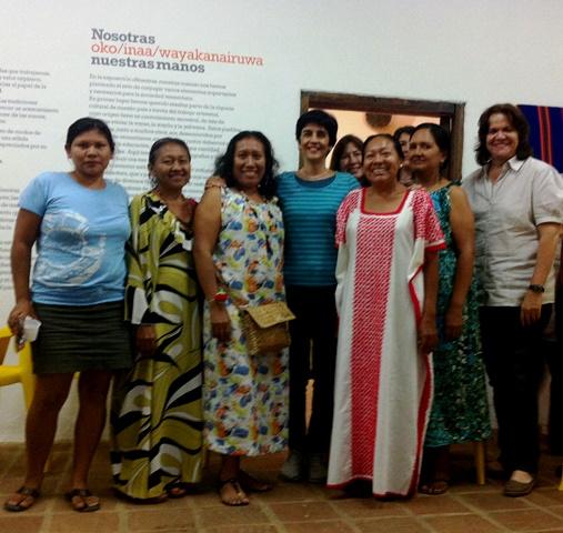 Las emprendedoras indígenas, junto a Silvia Fuentes de la Hacienda La Trinidad y Marisela Valero