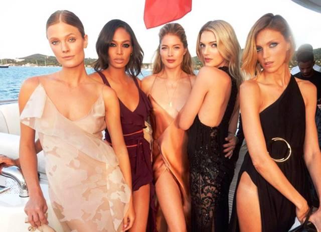 Algunas de las modelos invitadas a la fiesta de DiCaprio.  CORDON PRESS