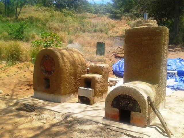 Horno chileno, cocina cohete y ahumador