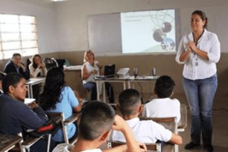 Se dictan talleres en las escuelas