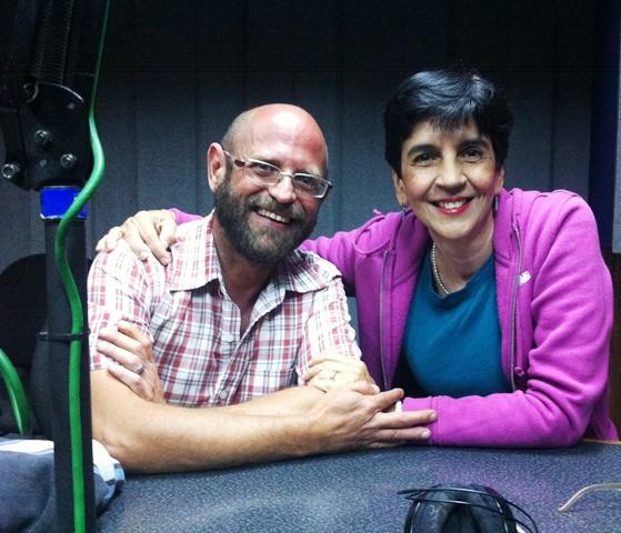 Eduardo Cudisevich con Marisela Valero en el estudio. Foto Fernando Camacho