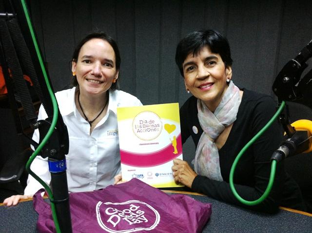 Pily Méndez Quintero con Marisela Valero. Foto Fernando Camacho