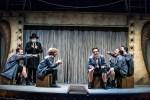 """Crítica de """"Lehman Trilogy. Balada para sexteto"""", la extraordinario propuesta teatral dirigida por Sergio Peris-Mencheta."""