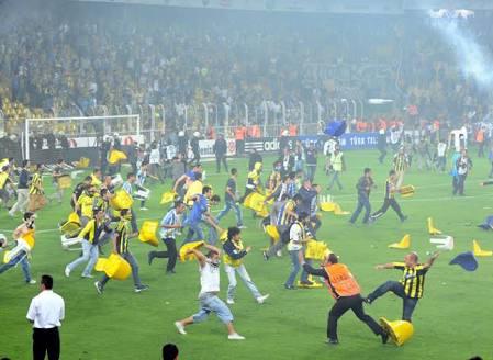 Futbol Holiganlığı