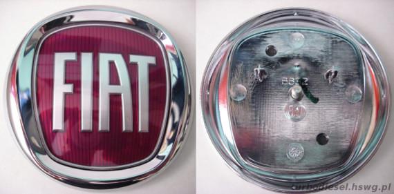 Przedni znaczek Fiat