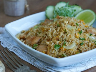 Arroz frito con pollo thai feath1.jpg