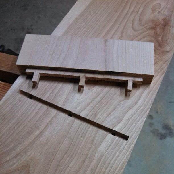 11-leaning-shelf-ryan-turek