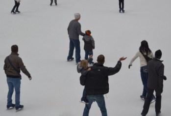 ポロト湖ワカサギ釣り2015年の日程とスケート!