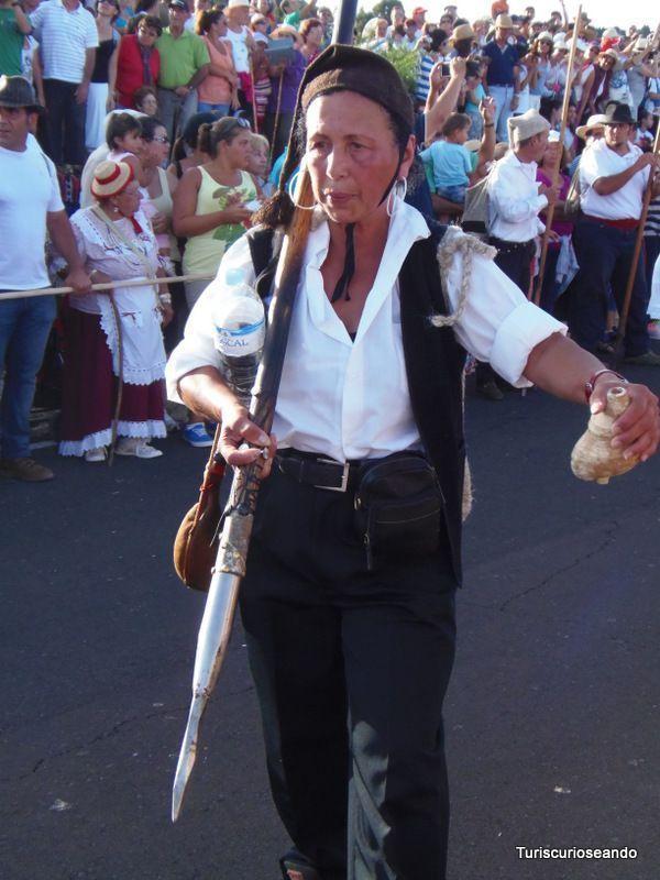 EL HIERRO. BAJADA DE LA VIRGE. ISLA DEL MERIDIANO