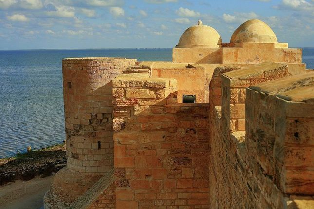 SEVEN PLACES TO KNOW IN TUNISIA