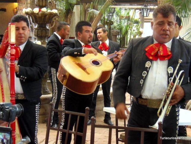 MÉXICO. QUE HACER EN TLAQUEPAQUE