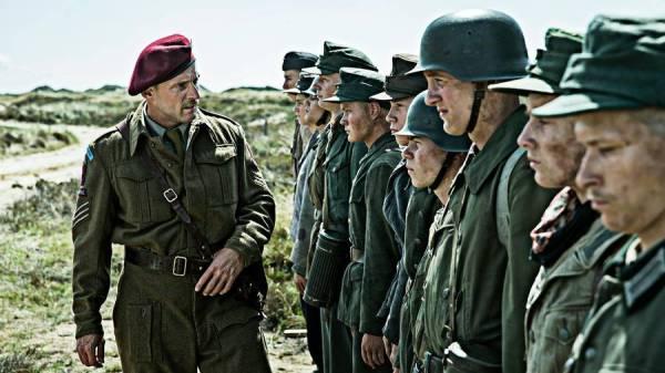 Filmen Under Sandet er nomineret til en Oscar. Nu håber Varde Kommune, at flere turister får lyst til at se de omgivelser, hvor filmen er optaget. (Foto: Nordisk Film)