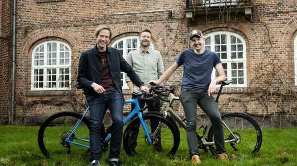 Trioen bag Backlands Gravel Festival: Dean Strange, Kaare Breinholt og Christian Orry. (Foto Jakob Carlsen)