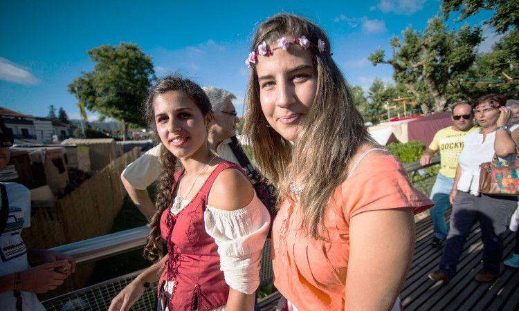 Garotas feira medieval Santa Maria da Feira