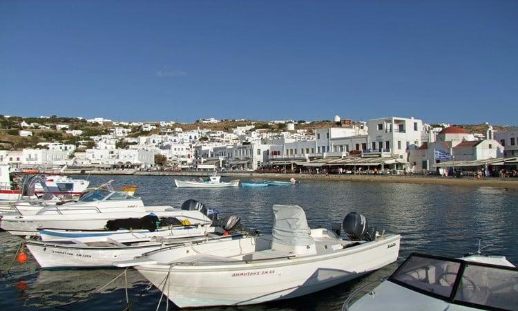 myconos na grecia vielas casinhas brancas