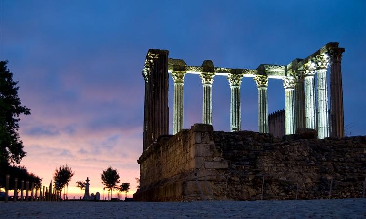 templo romano evora