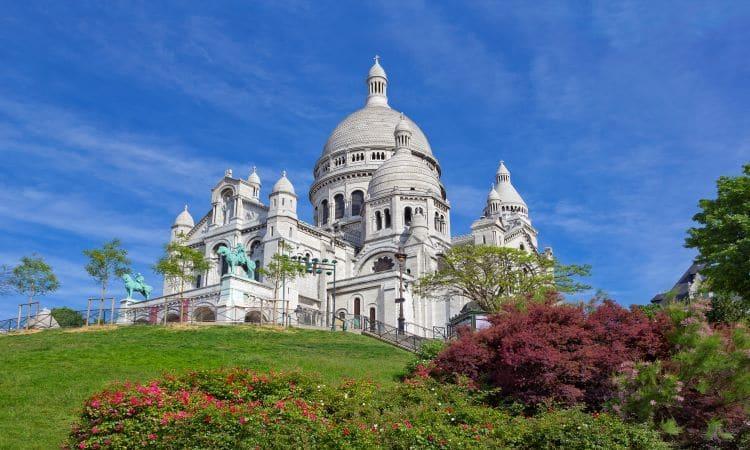 sacre couer é um dos monumentos de paris