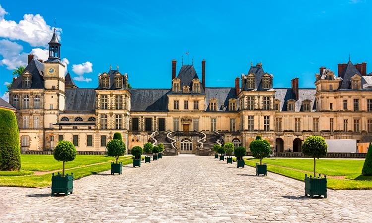 visitar château de fontainebleau em frança